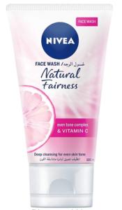 غسول نيفيا للوجة الوردي للتفتيح مع فيتامين سي